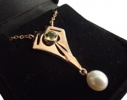 Damen Halskette im Retro Style